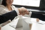 Saako lainanhakija tarpeeksi tietoa, kun hän hakee lainaa netistä?